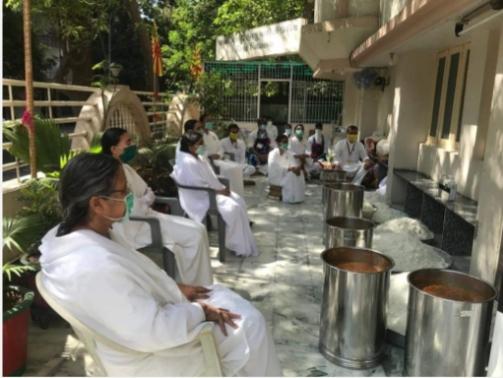 Brahma Kumaris VarachhaServe Food to 3,500 People Daily
